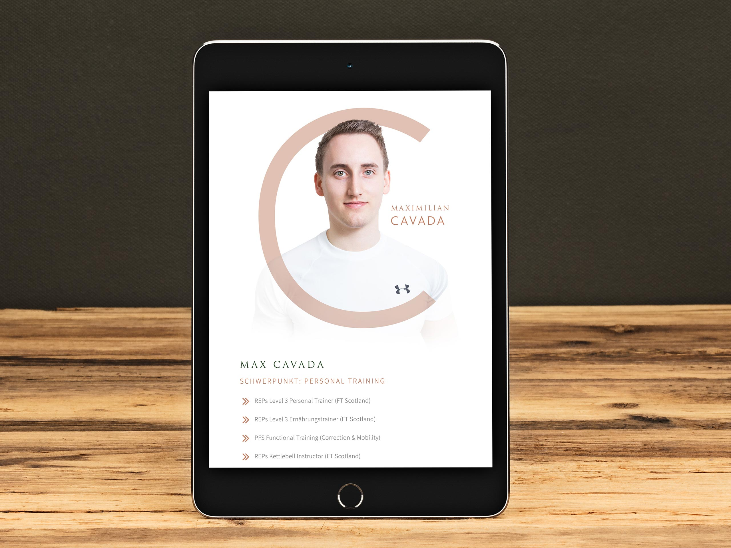 C&G Personal Training – Website am Tablet