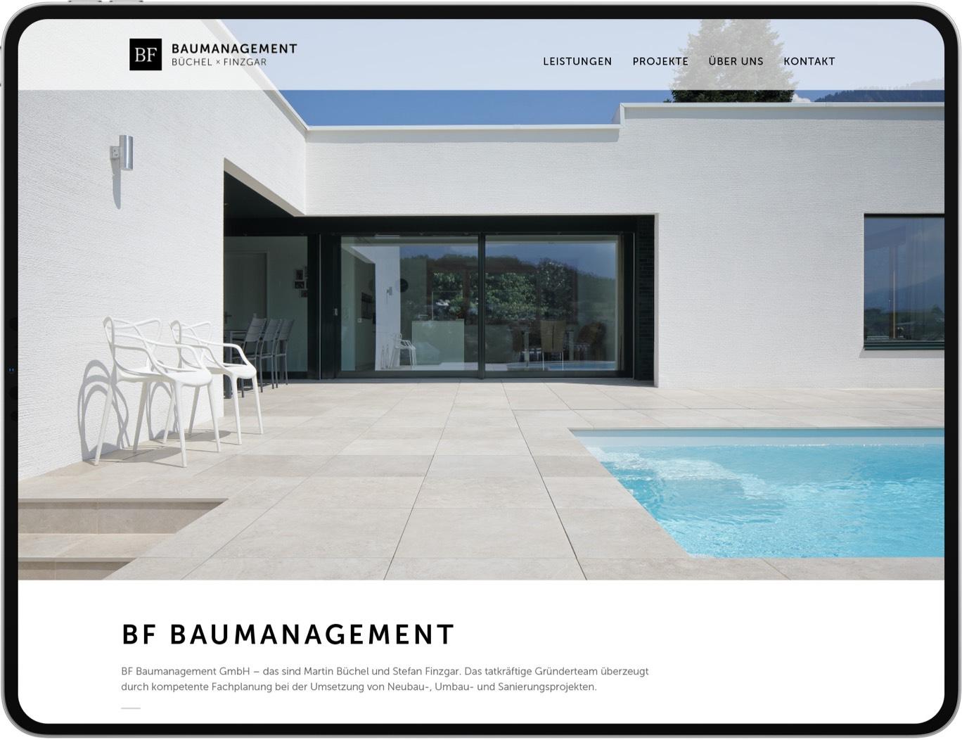 BF Baumanagement – Website am Tablet